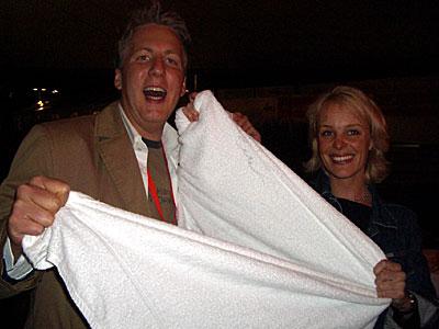 Jan Malte Andresen mit gefaktem Star-Handtuch